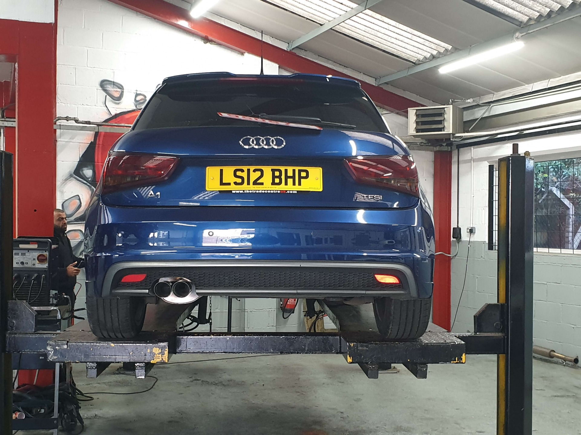 Audi A1 Caron Cleaning & Exhaust