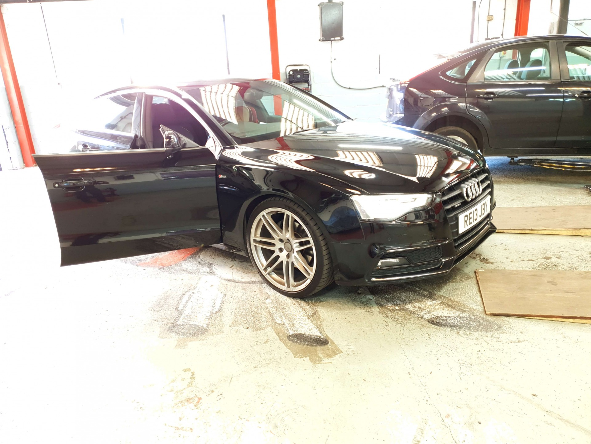 AUDI A5 Carbon Cleaning